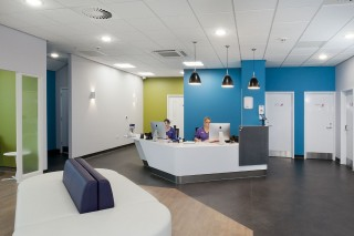 Image of the reception area at the Vets Now pet emergency hospital