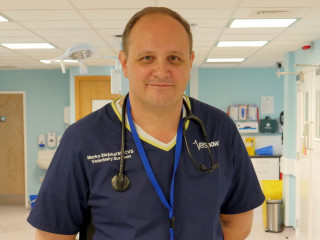 Image of small animal surgery specialist Marko Stejskal for Vets Now professionals article