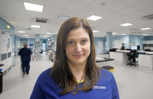 An image of Laura Playforth in a Vets Now clinic for Vets Now article on Mentoring