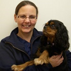 Image of Vets Now Sarah Rance who discusses working out-of-hours at Vets Now.