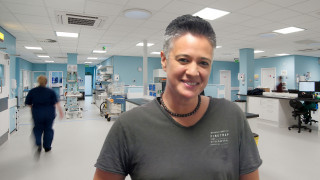 Image of Anita Notembloom, who is a Vets Now AdvantEdge graduate